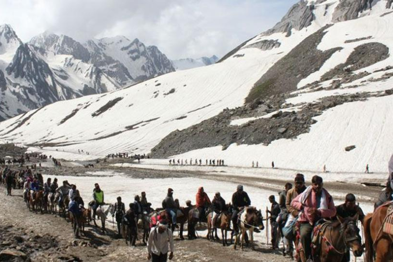 Terror threat: Amarnath yatra in fear of 20 militants which have sneak into valley