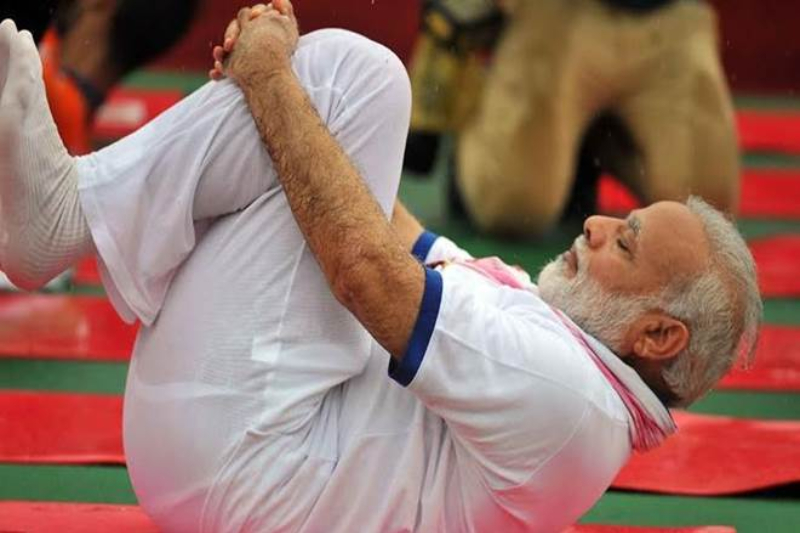 International Yoga Day 2018: PM Modi Inspires The Nation By Performing Asanas