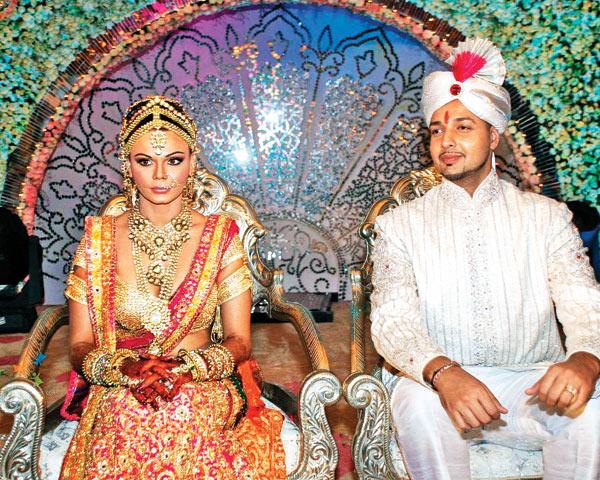 rakhi-sawant-and-elesh-parujanwala proposal