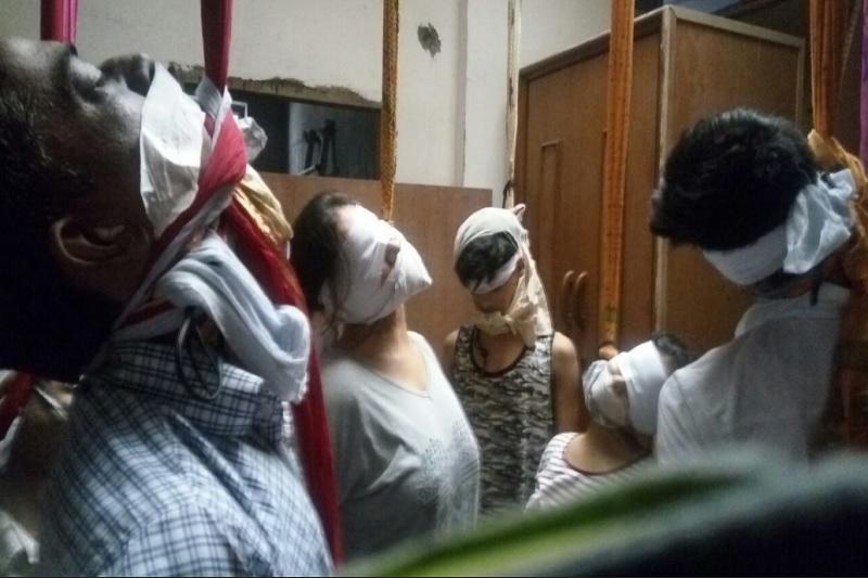 बुराड़ी दिल्ली 11 लोगो के शव बरामद