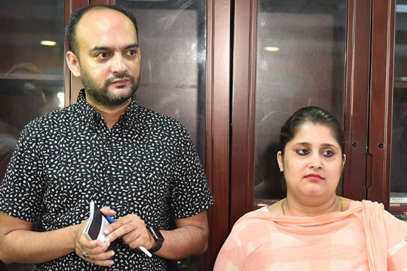 regional passport officer called the couple to the passport office in Gomtinagar, and with the media camera flashlights all around and a milieu of journalists waiting to record this significant moment, handed over the passports to the smiling couple