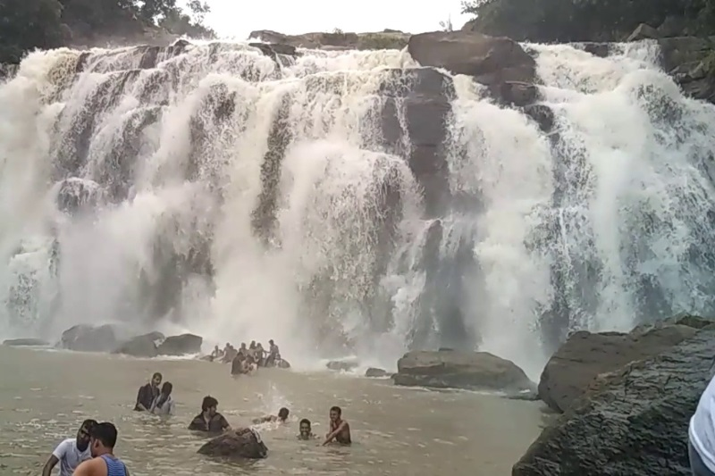 Jharkhand: Three students drown in Jonha falls while bathing