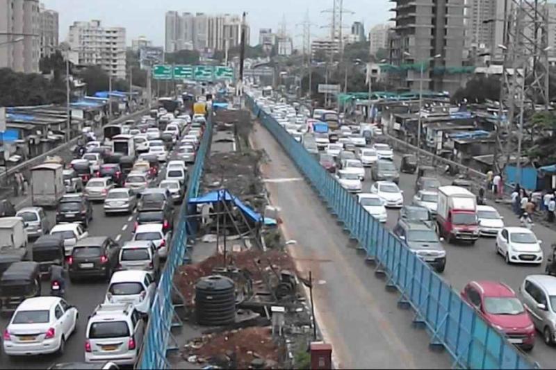Mumbai Soaring fuel prices car registrations