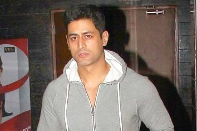 mohit raina injured lucknow