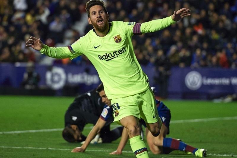 Lionel Messi scores hat-trick Levante Xavi wants Ballon dOr