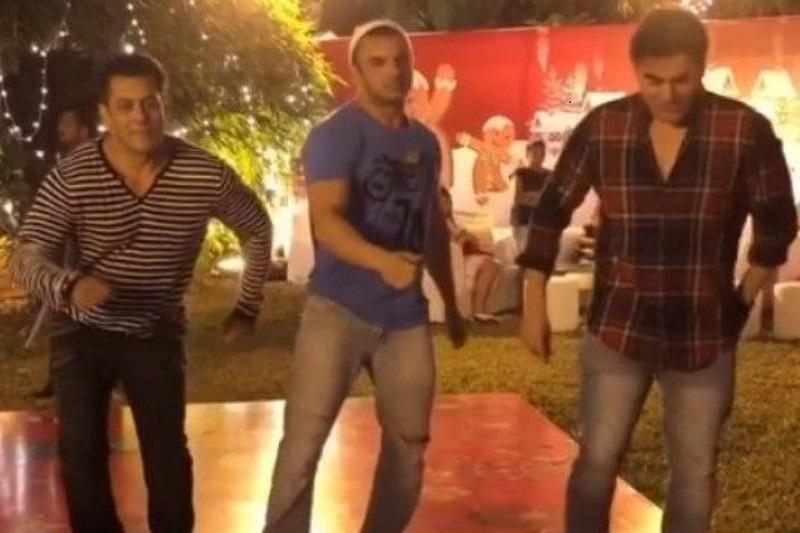Salman Suhail Arbaaz Christmas Dance