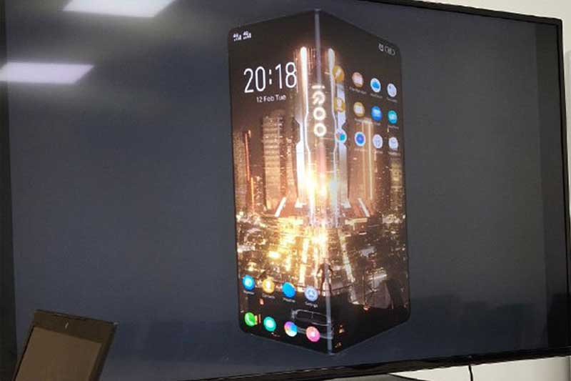 Vivo IQOO's First Smartphone to be a Foldable Device