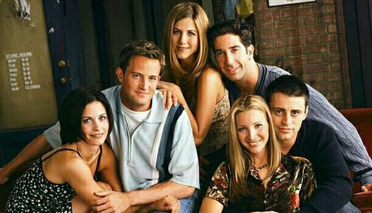 courtney cox throwback friends pic