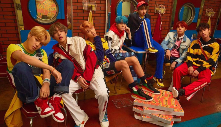 BTS rolls 6th anniversary program 'FESTA' with Family Portraits