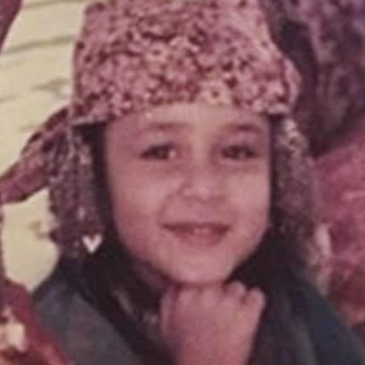 What an adorable Kareena was in her childhood