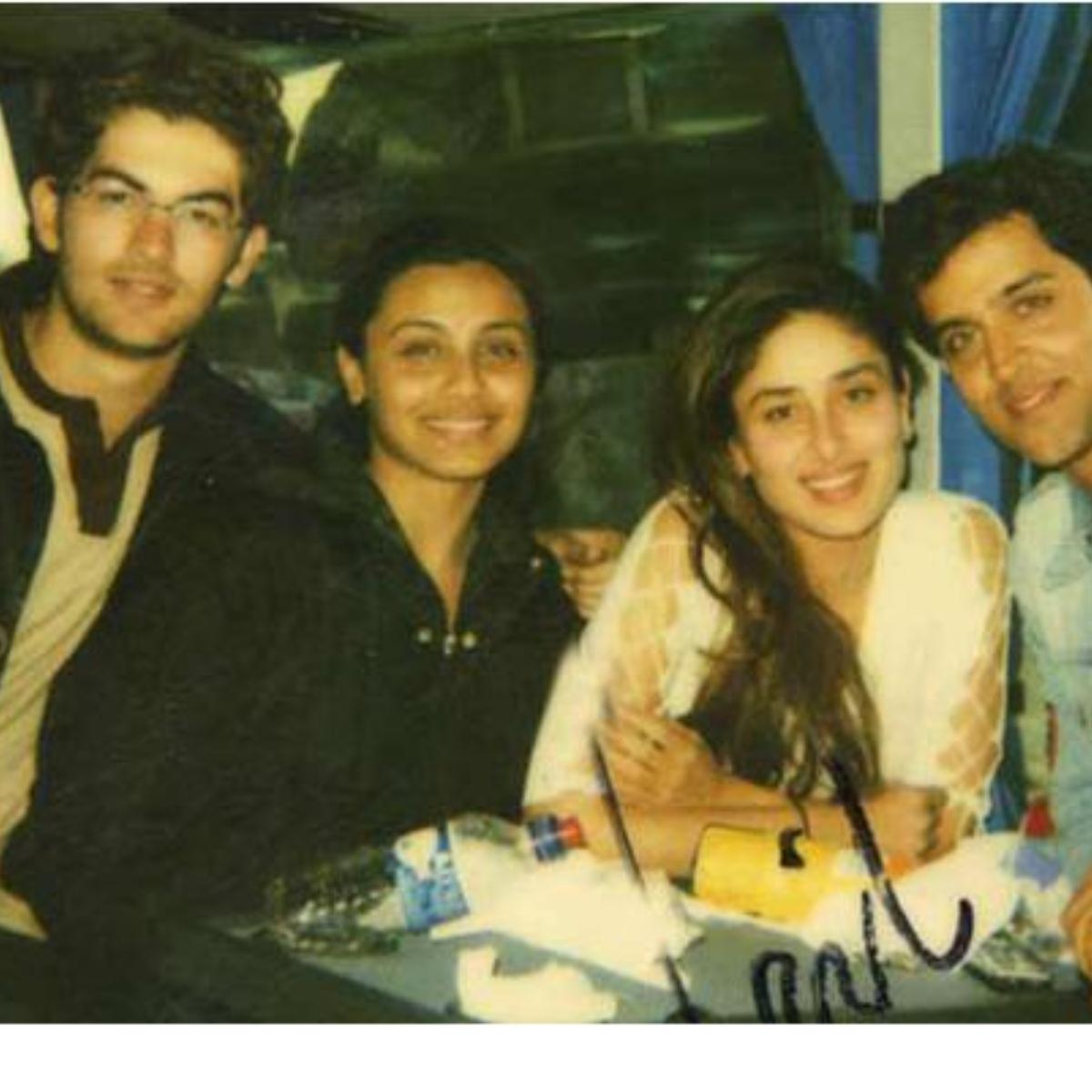 Kareena poses with her co-stars Hrithik, Rani and Neil Nitin Mukesh