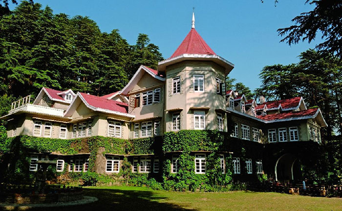 Woodville resort and Radisson Hotel Shimla beautiful wedding destinations in India