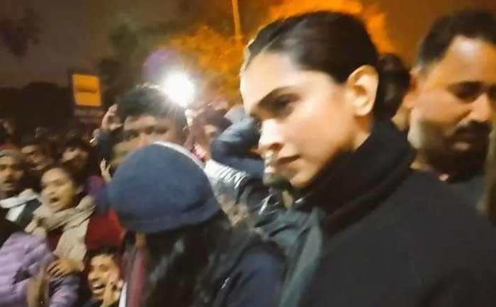 Deepika Padukone Joins JNU Protest, Expresses Solidarity ...