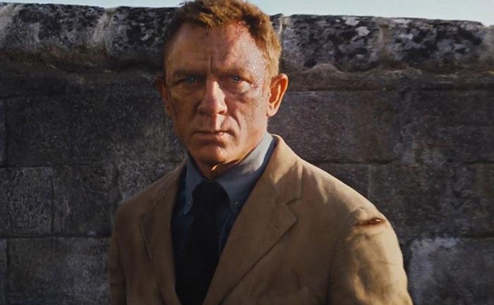 daniel craig back as 007