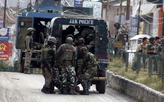 Centre orders withdrawal of 10,000 CAPF troops from Jammu and Kashmir  - CRPFTLM
